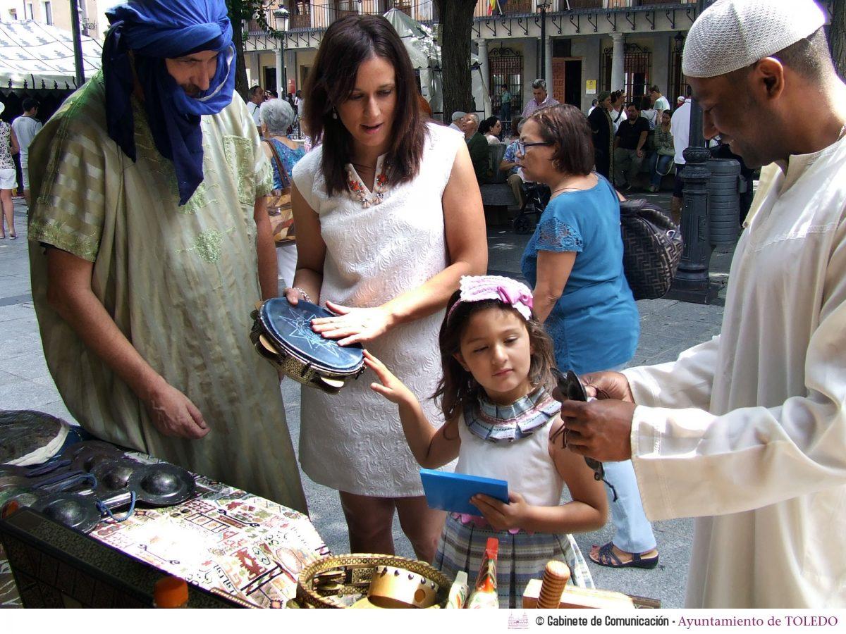Los Encuentros en el Toledo Árabe convierten este fin de semana la plaza de Zocodover en un mercado medieval