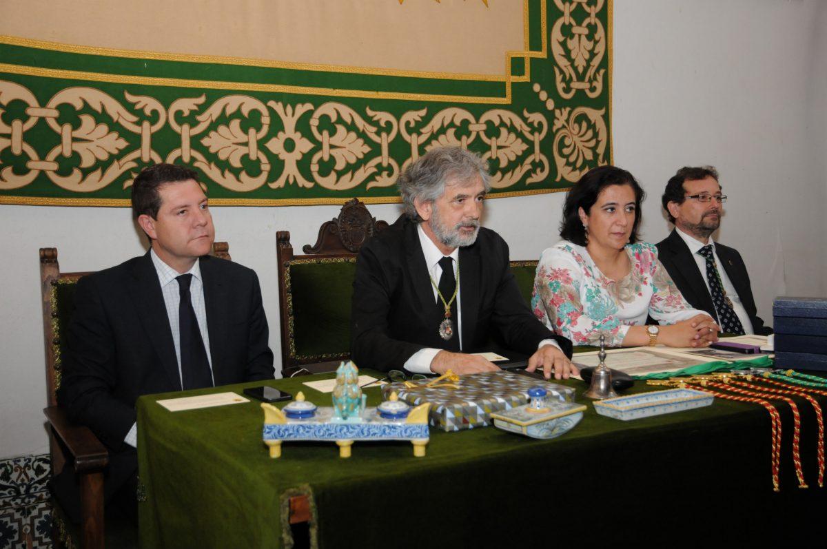 El alcalde asiste a la inauguración del curso de la Real Academia de Bellas Artes y Ciencias Históricas de Toledo
