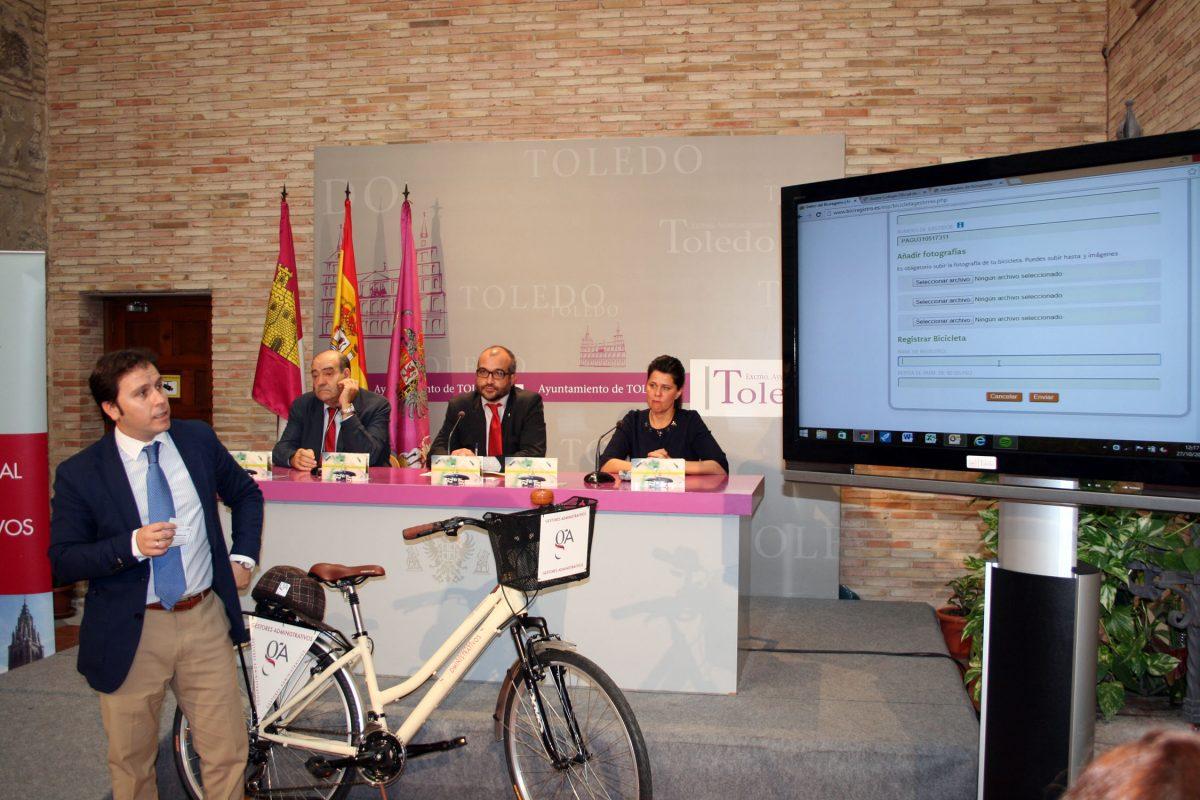 Toledo se suma al 'Biciregistro' del Colegio de Gestores Administrativos para proteger las bicicletas de posibles robos