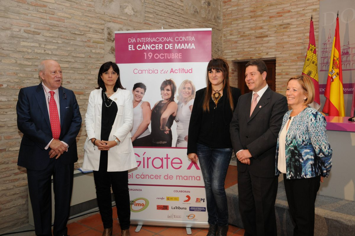 El Ayuntamiento se suma a la campaña 'Gírate contra el cáncer de Mama' para sensibilizar a la población