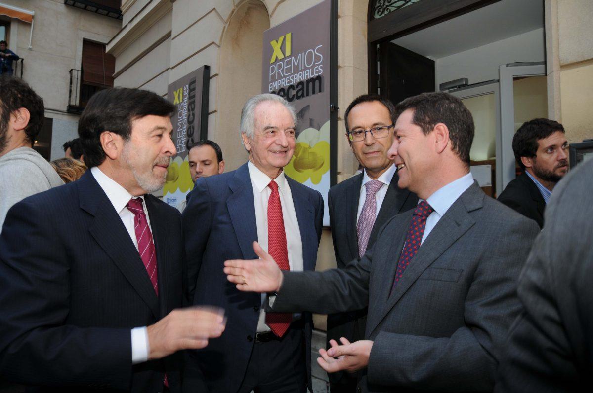 El alcalde apoya a los empresarios castellano-manchegos en los XI Premios de Cecam