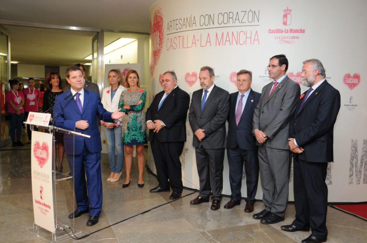 https://www.toledo.es/wp-content/uploads/2014/10/farcama_4-1200x797.jpg. El alcalde defiende en Farcama la importancia del sector artesano como generador de riqueza económica para la región