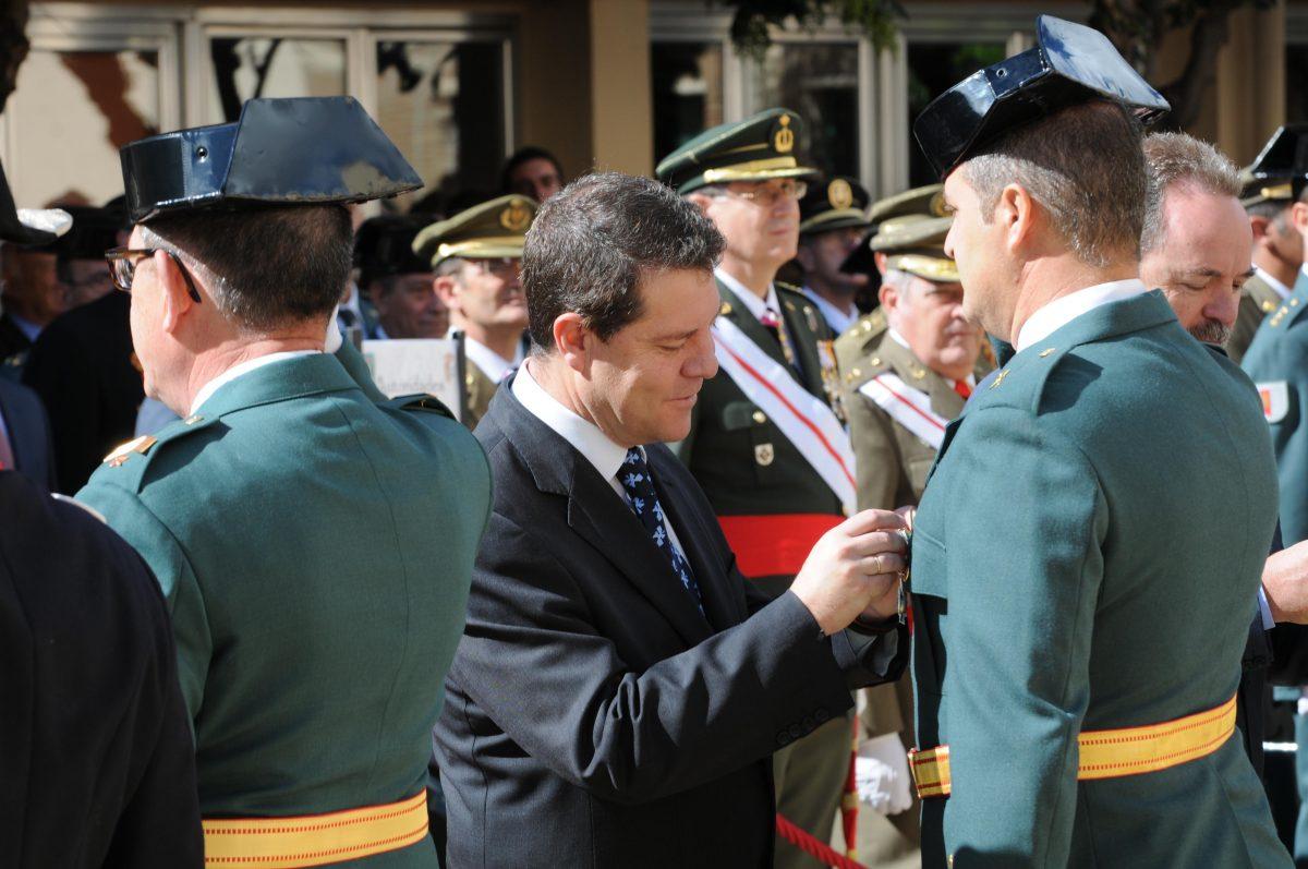 """El alcalde agradece la """"valentía"""" de la Guardia Civil y recuerda la trascendencia de España en el descubrimiento de América"""
