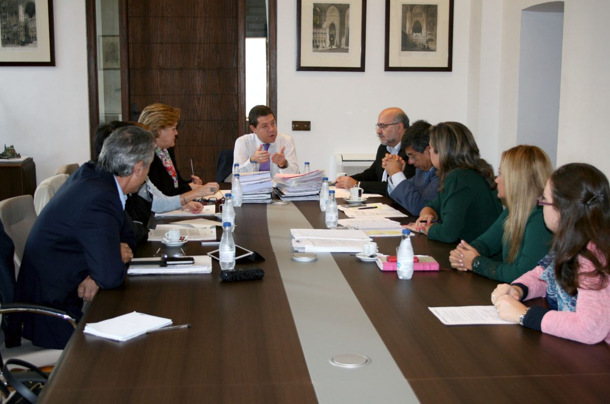 https://www.toledo.es/wp-content/uploads/2014/10/jgl1-1200x795.jpg. Aprobada la adjudicación de las obras de mejora de la Avenida de Guadarrama, en el Polígono