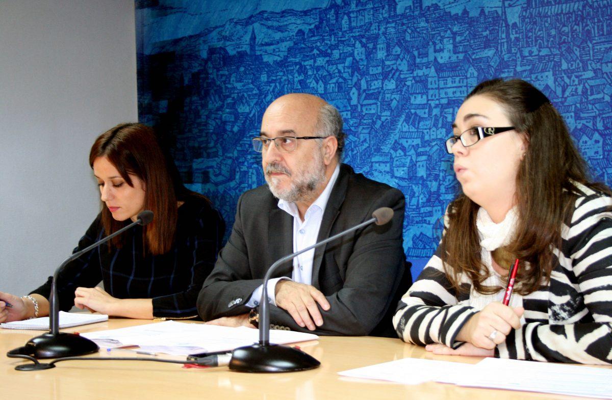 https://www.toledo.es/wp-content/uploads/2014/10/junta_gobierno-1200x785.jpg. El Ayuntamiento aprueba el pliego de condiciones para el transporte urbano sin reparos de los técnicos municipales