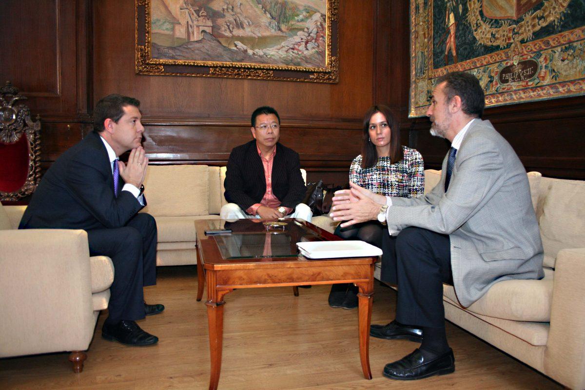 El acalde se reúne con responsables de la ciudad Nanjing (China) para perfilar un posible hermanamiento con Toledo