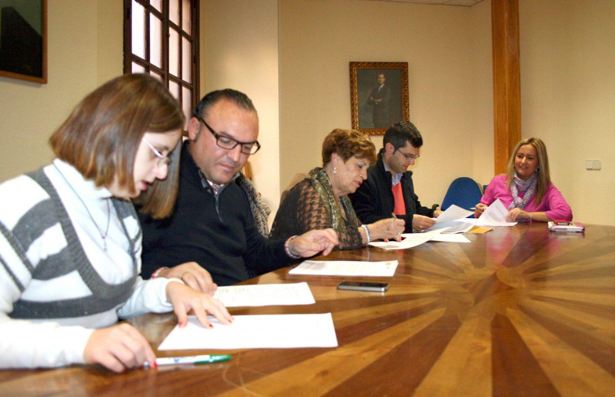 El Gobierno local posibilita la realización de prácticas laborales a miembros de Afaem Despertar y Down Toledo