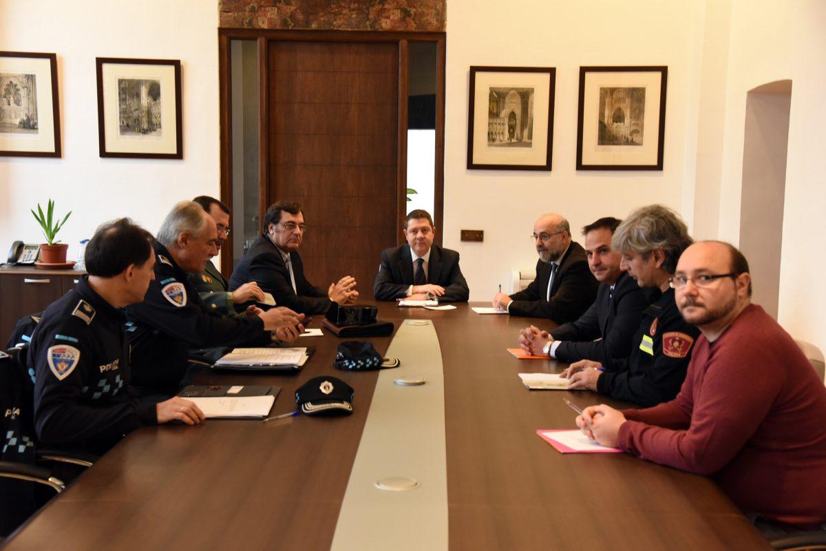 """La Junta Local de Seguridad fija las acciones para ofrecer """"tranquilidad y normalidad"""" a las fiestas navideñas"""