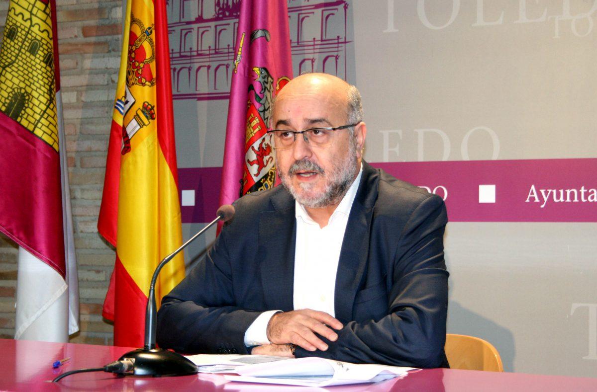 https://www.toledo.es/wp-content/uploads/2014/12/perezagua_jgl-1200x789.jpg. El Gobierno local logra un principio de acuerdo para prorrogar el contrato de autobuses manteniendo la calidad del servicio