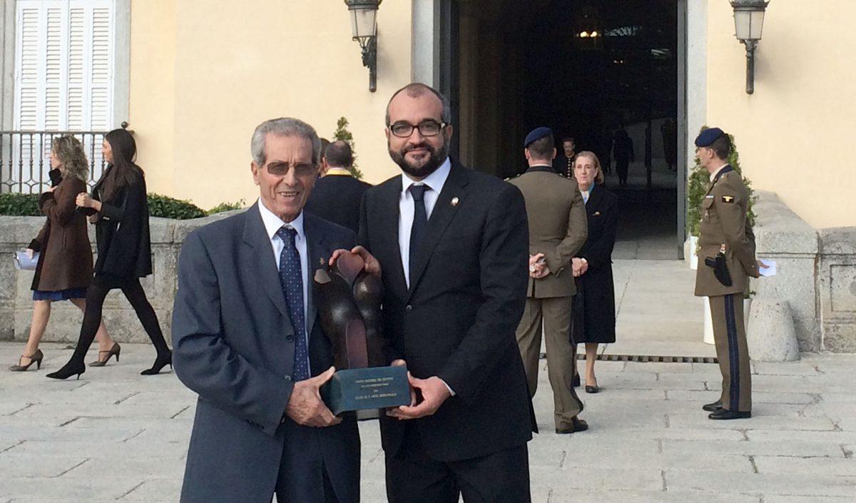 El Gobierno local, con Federico Martín Bahamontes en los Premios Nacionales del Deporte que han entregado los Reyes