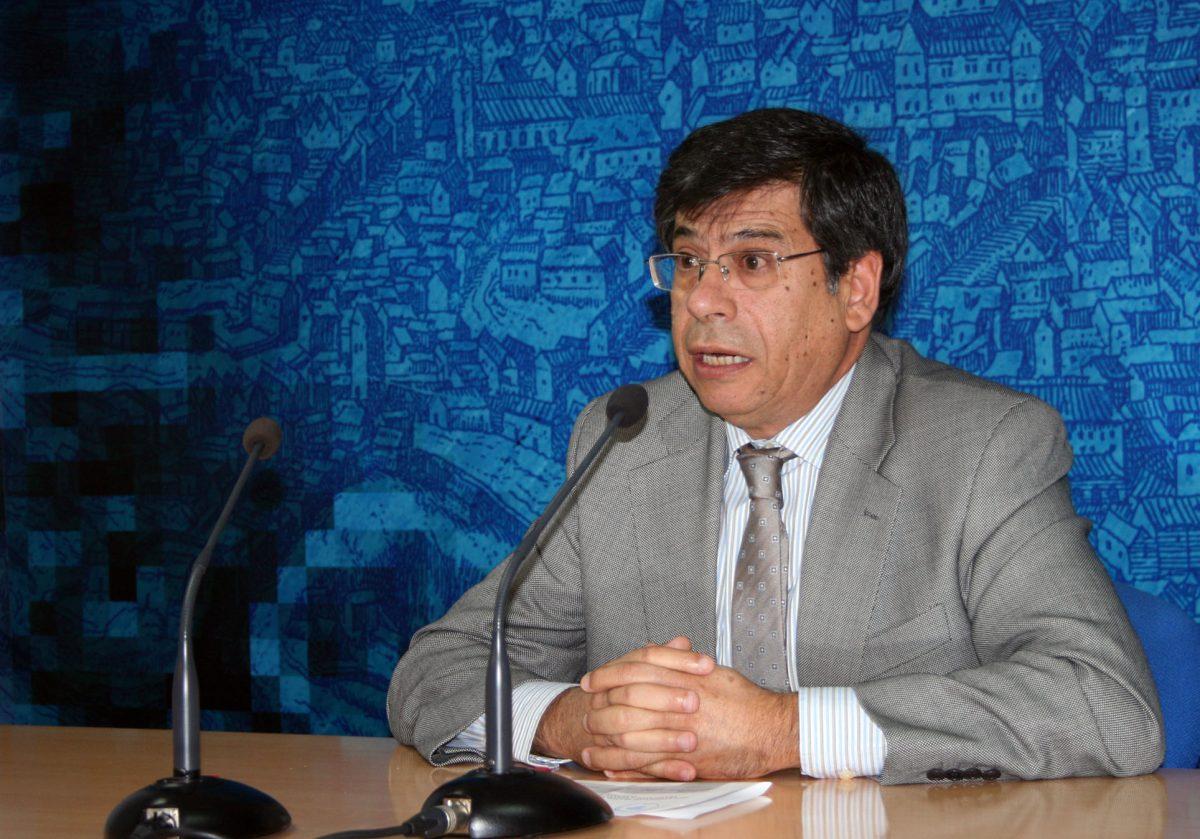 https://www.toledo.es/wp-content/uploads/2015/01/javier_nicolas-1200x839.jpg. El Ayuntamiento ha reducido en la presente legislatura los tiempos de licencia de obra menor de 3-6 meses a 15-20 días