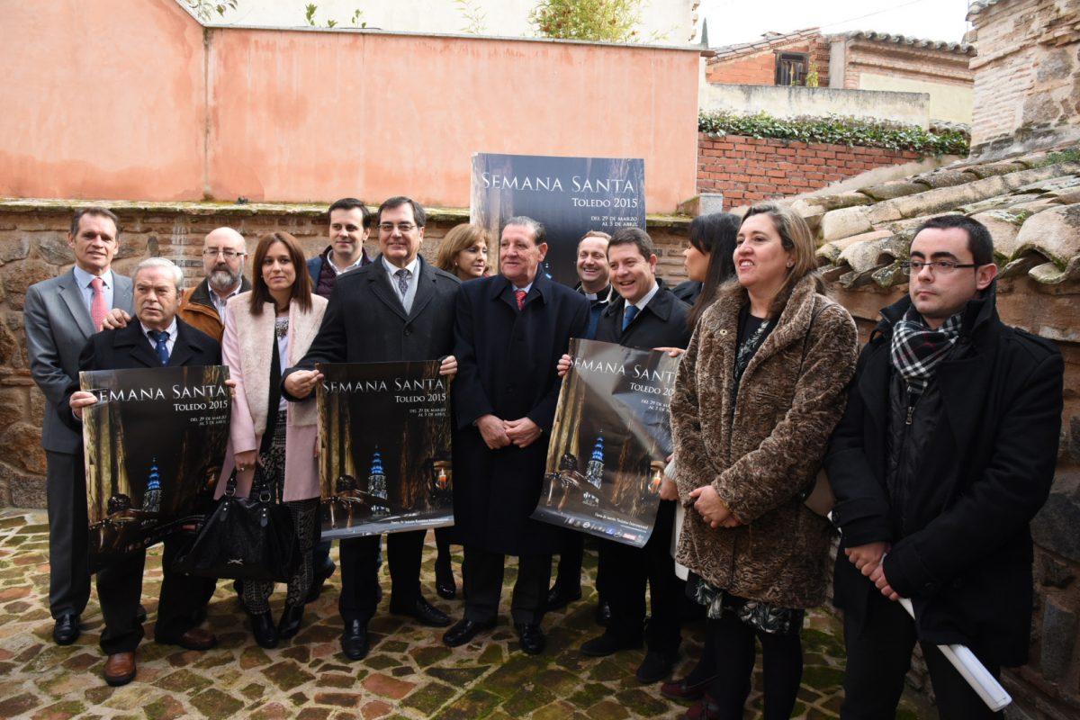 https://www.toledo.es/wp-content/uploads/2015/01/presentacion-cartel-semana-santa-i-1200x800.jpg. El alcalde señala que tradiciones multitudinarias como la Semana Santa ofrecen certidumbre a la sociedad
