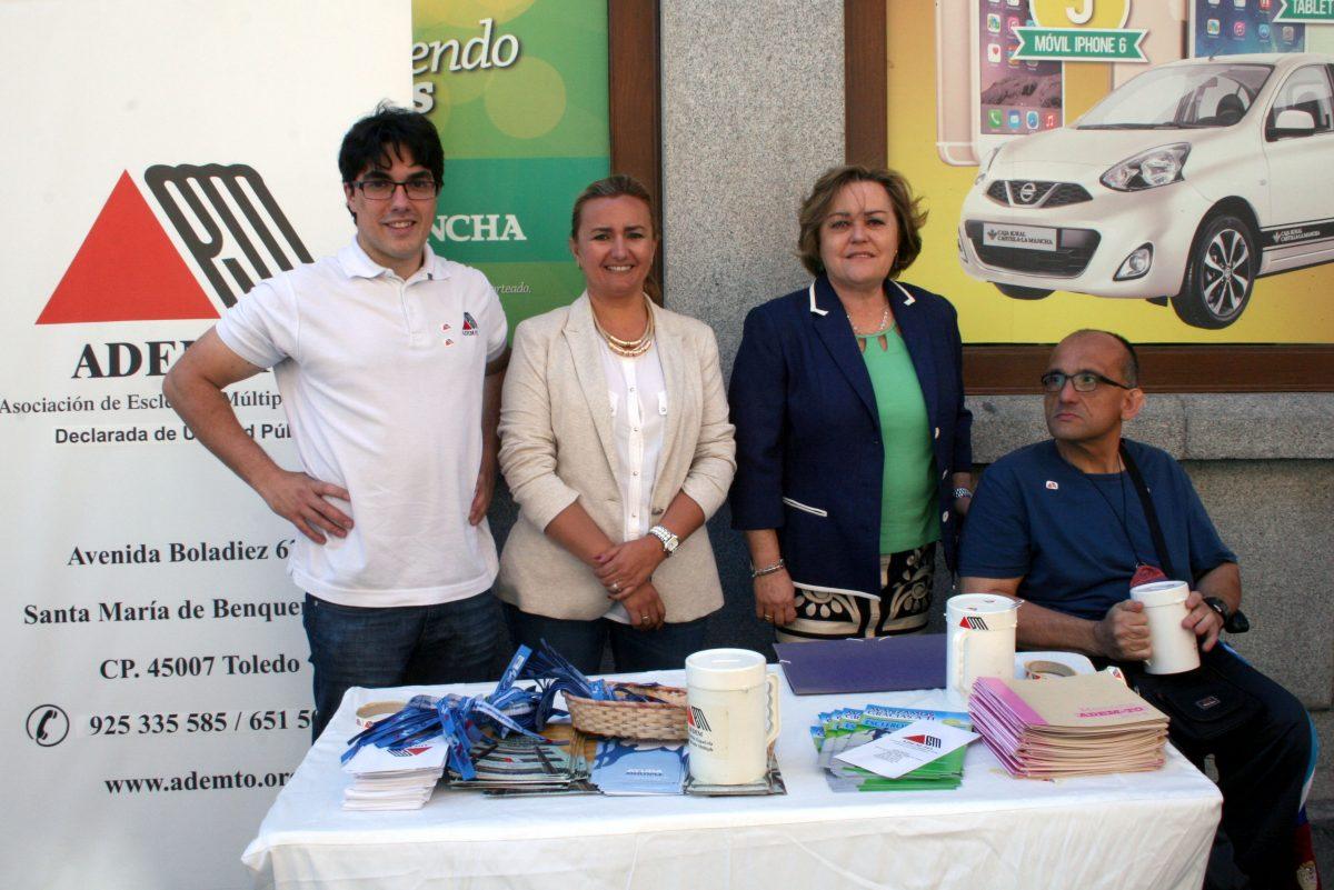 El Gobierno local muestra su apoyo a los afectados por la Esclerosis Múltiple