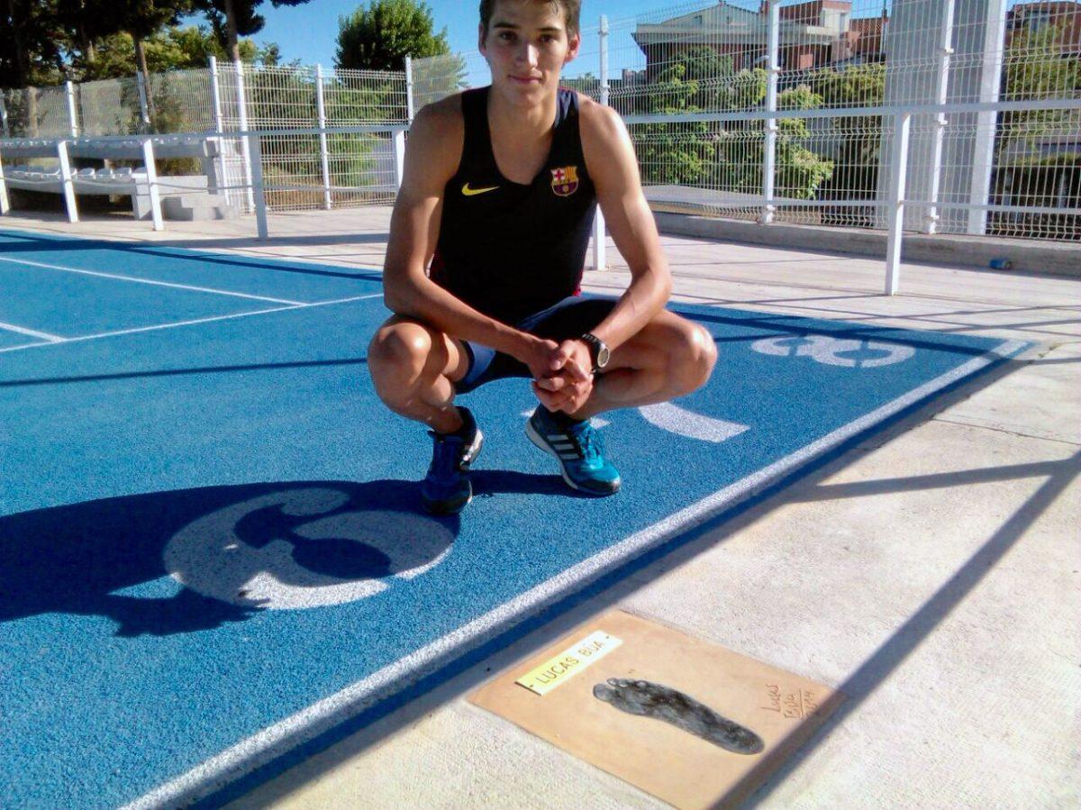 El atleta internacional toledano Lucas Búa ya tiene su calle dedicada en la pista azul de la Escuela de Gimnasia