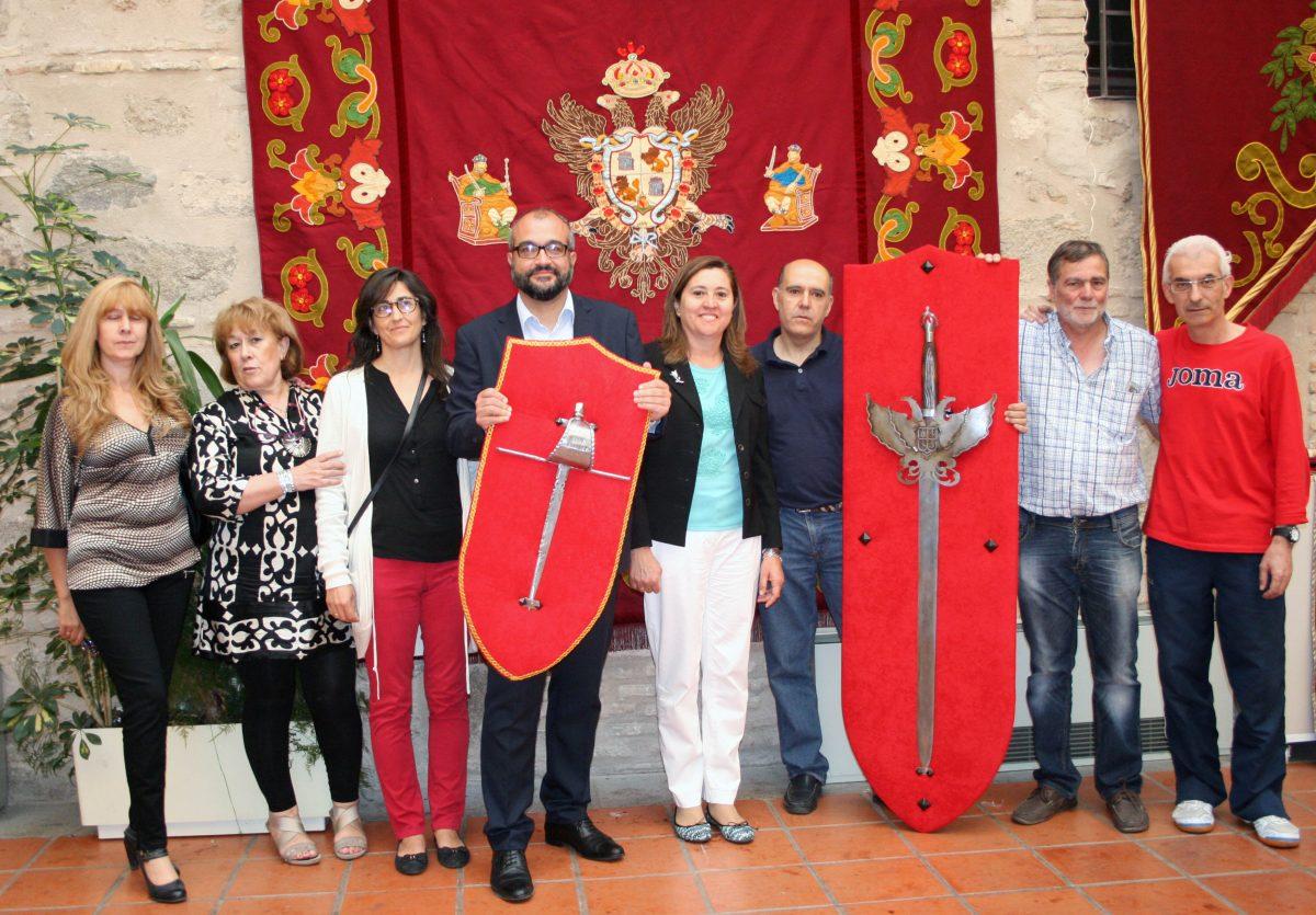 El Corpus 2015 ofrece novedades en reposteros y espadas, decoración floral, conciertos y actividades deportivas