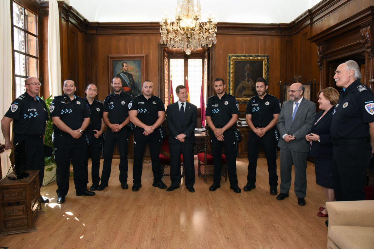 Seis nuevos agentes se han incorporado este año al cuerpo de la Policía Local tras el proceso abierto por el Ayuntamiento
