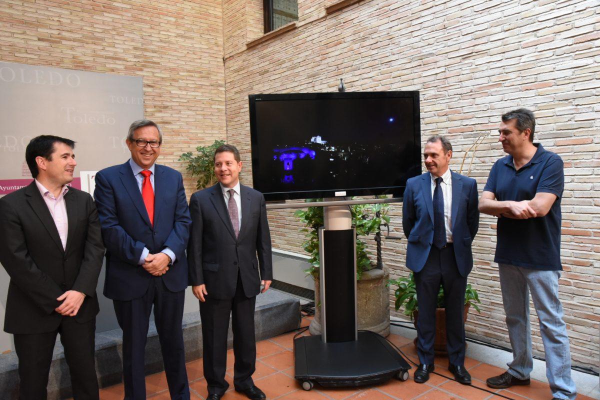 El Baño de la Cava culmina la estrategia de iluminación artística del equipo de Gobierno, con una inversión total de 4 millones
