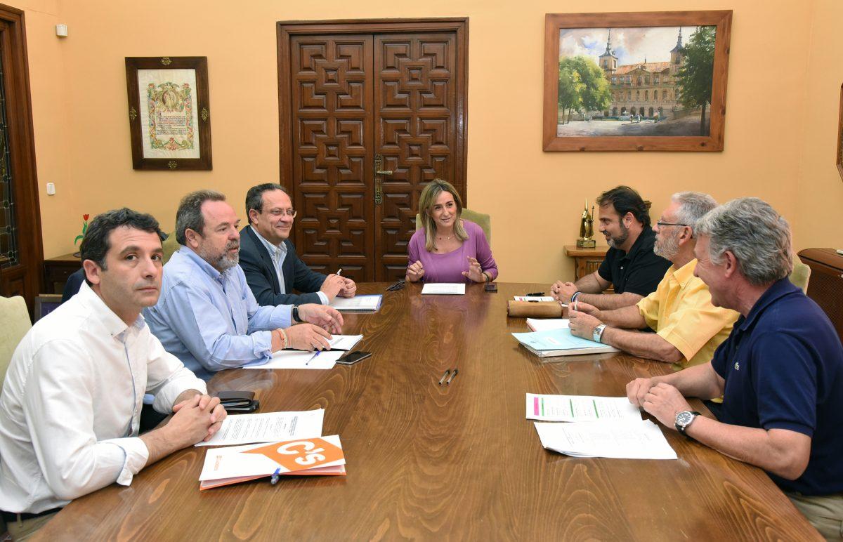 La Junta de Portavoces acuerda convocar Pleno para el martes 23