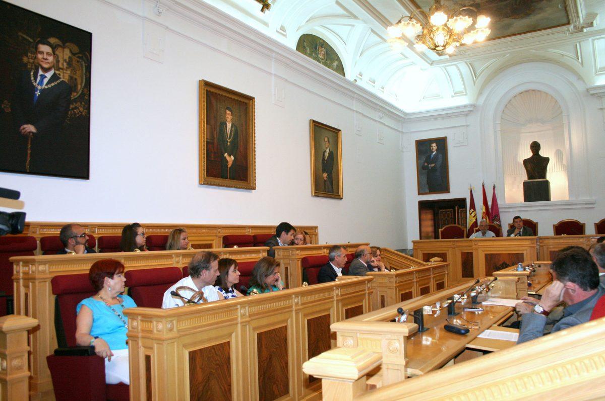 García-Page preside el último Pleno destacando la labor que el Ayuntamiento realiza en el engranaje institucional de Toledo