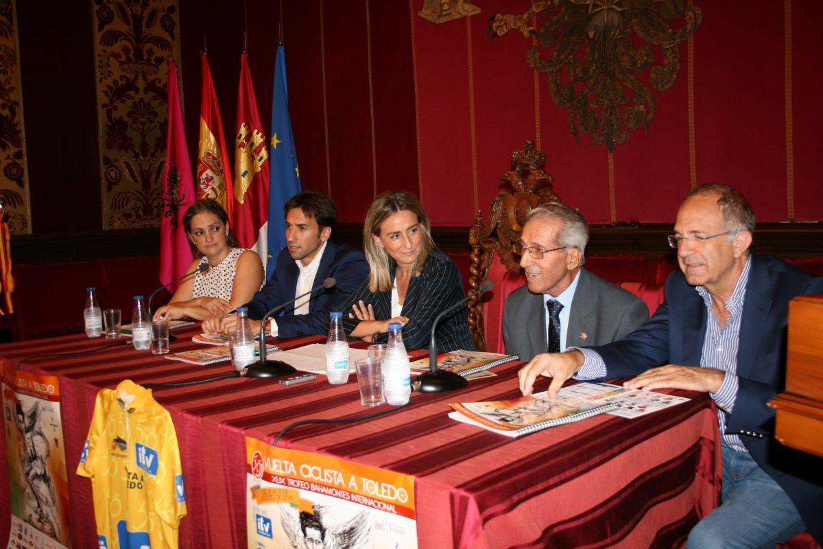 La alcaldesa anuncia que el Ayuntamiento trabajará para traer el Museo de Bahamontes a Toledo