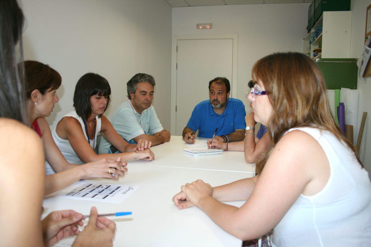 La Escuela Municipal Infantil 'Ana María Matute' celebra su Consejo Pedagógico con presencia del Gobierno municipal