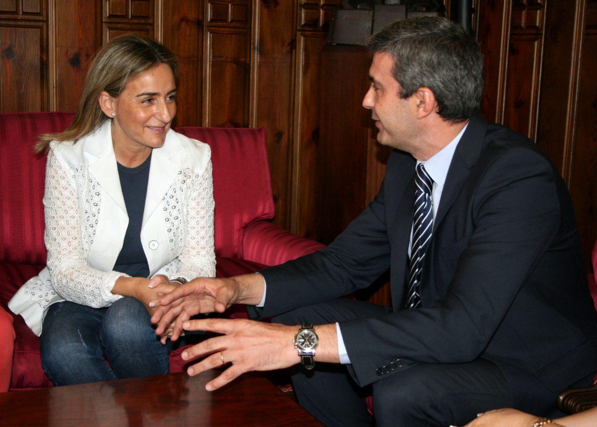 Ayuntamiento y Diputación sumarán fuerzas para la mejora de infraestructuras y servicios y la promoción turística y cultural