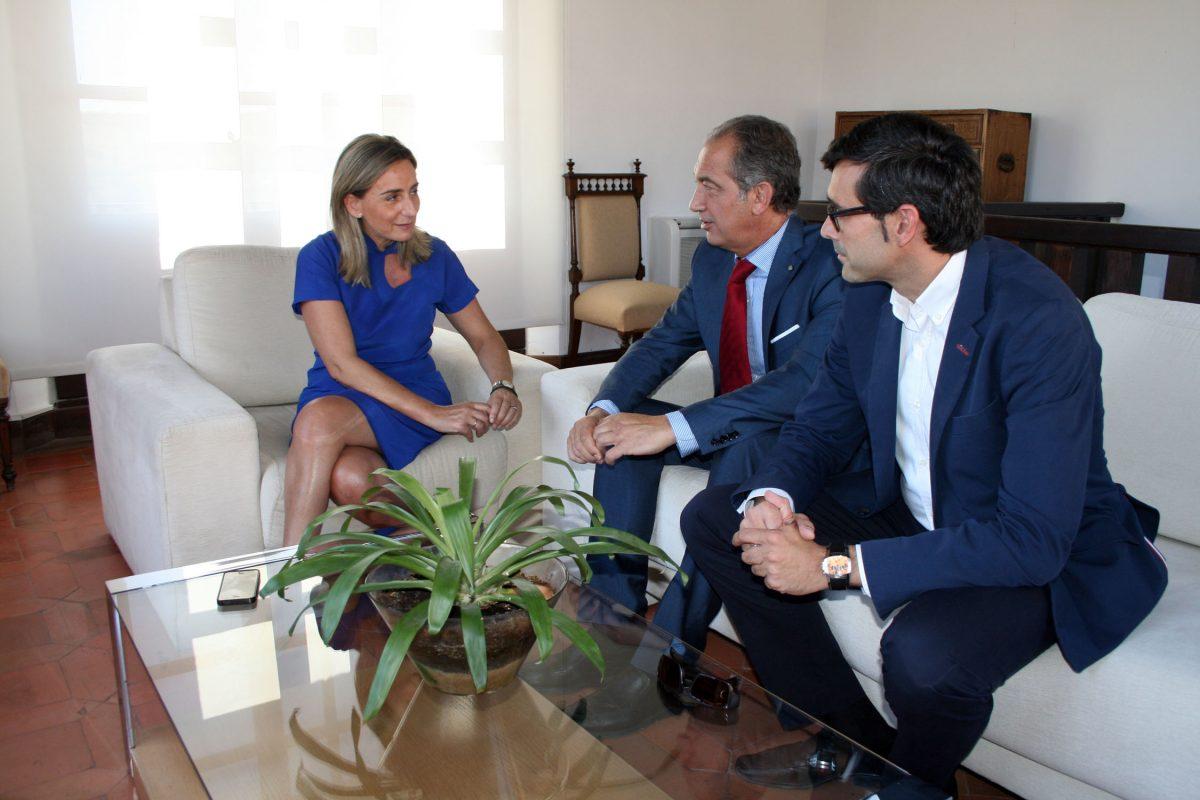 Milagros Tolón se reúne con responsables de Seguros Soliss para estrechar las relaciones institucionales y de colaboración