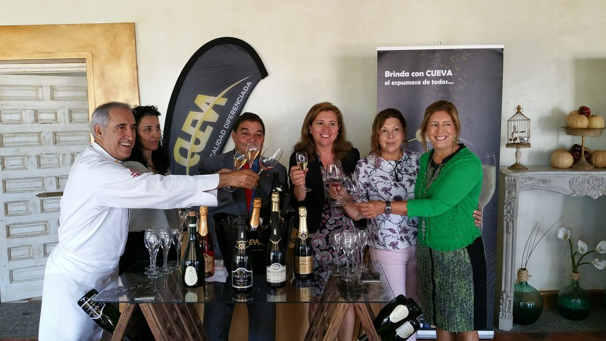 Rodríguez destaca la fusión de la veteranía y la juventud en el II Concurso Mejor Sumiller de Castilla-La Mancha