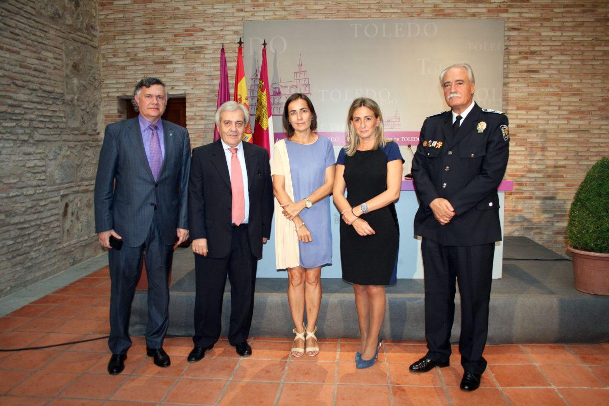 El Ayuntamiento firma un convenio con la Dirección de Tráfico para el intercambio de recursos en materia de seguridad vial