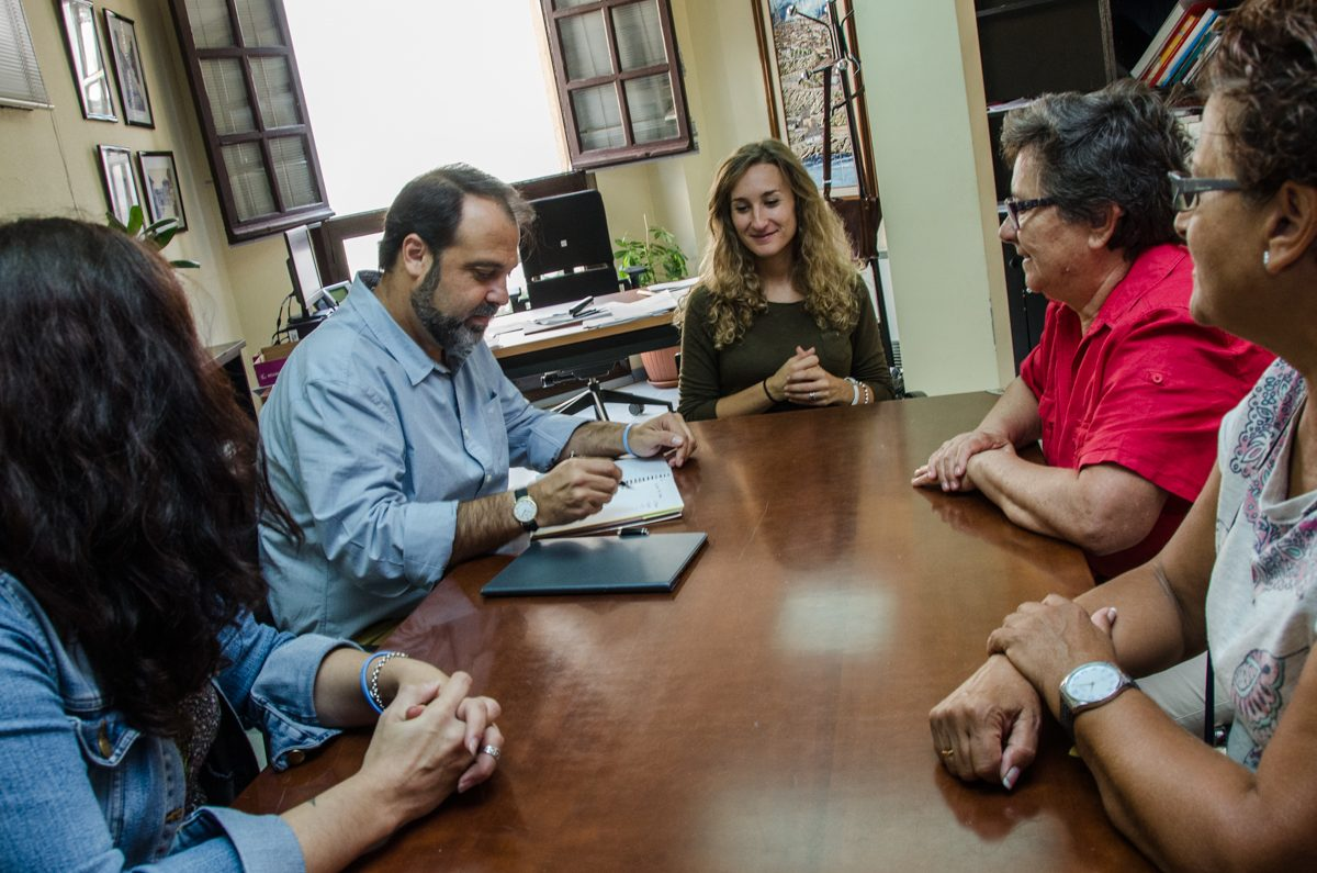 El concejal de Servicios Sociales se reúne con la Asociación Provincial de Sordos de Toledo