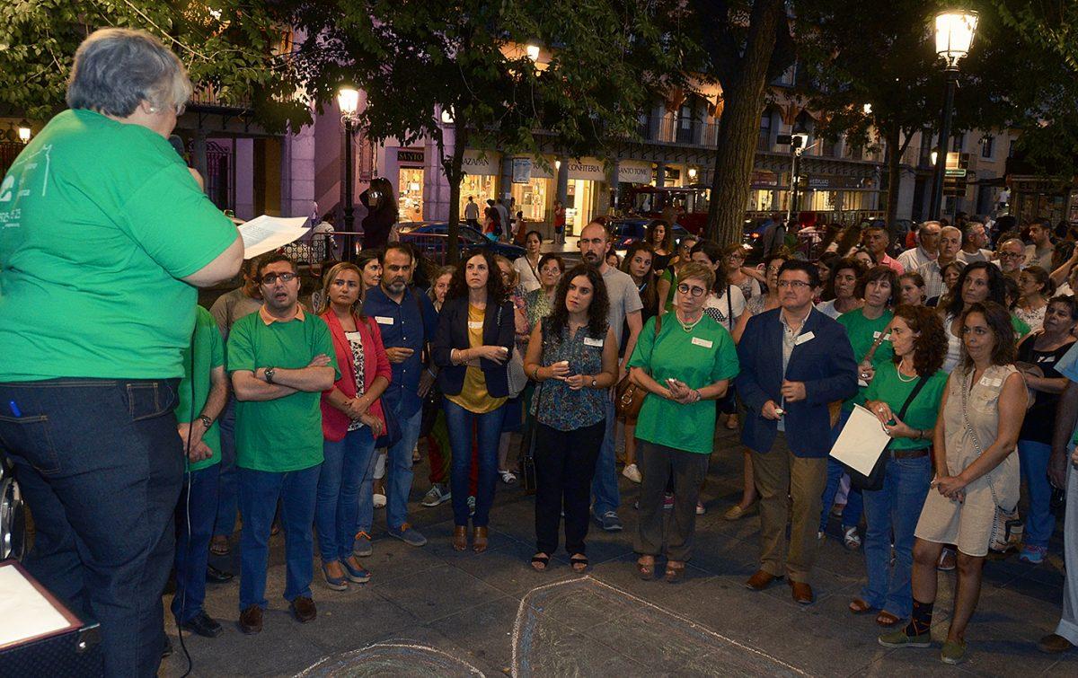 El equipo de Gobierno destaca la labor del Teléfono de la Esperanza de Toledo y de sus voluntarios