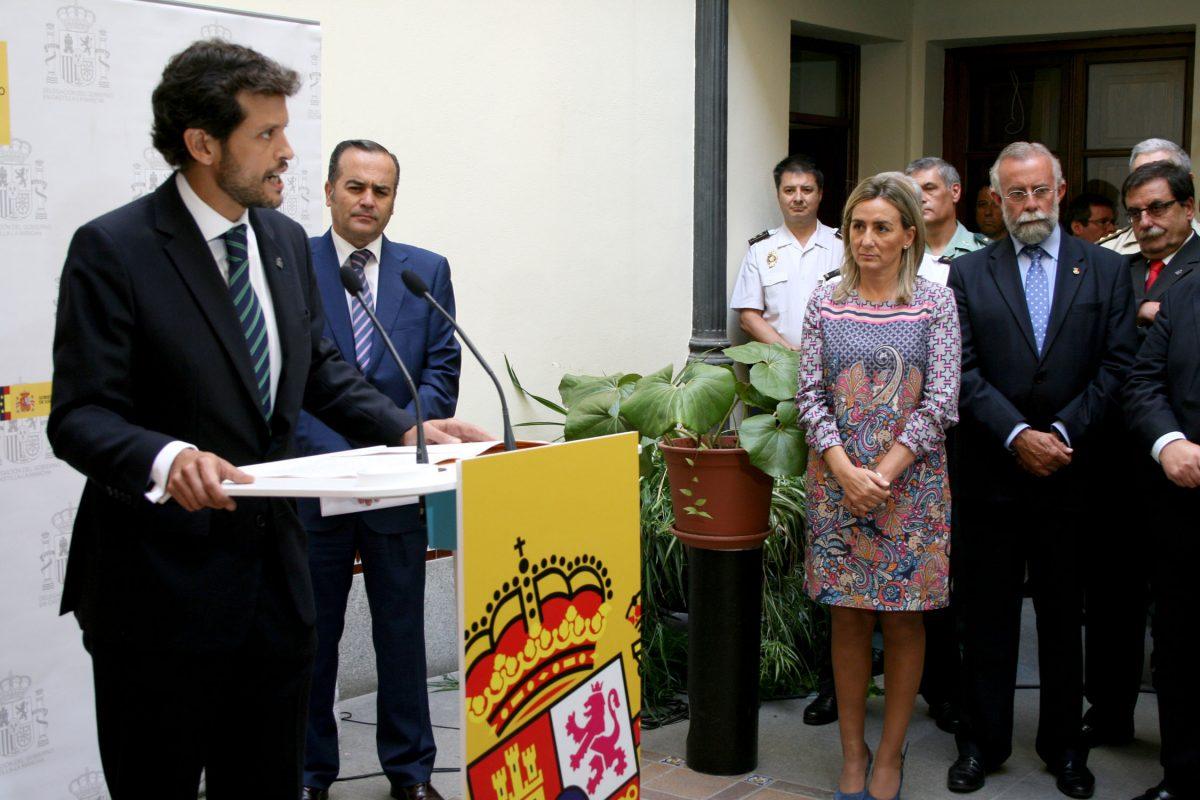 Milagros Tolón asiste a la toma de posesión del nuevo subdelegado del Gobierno en Toledo