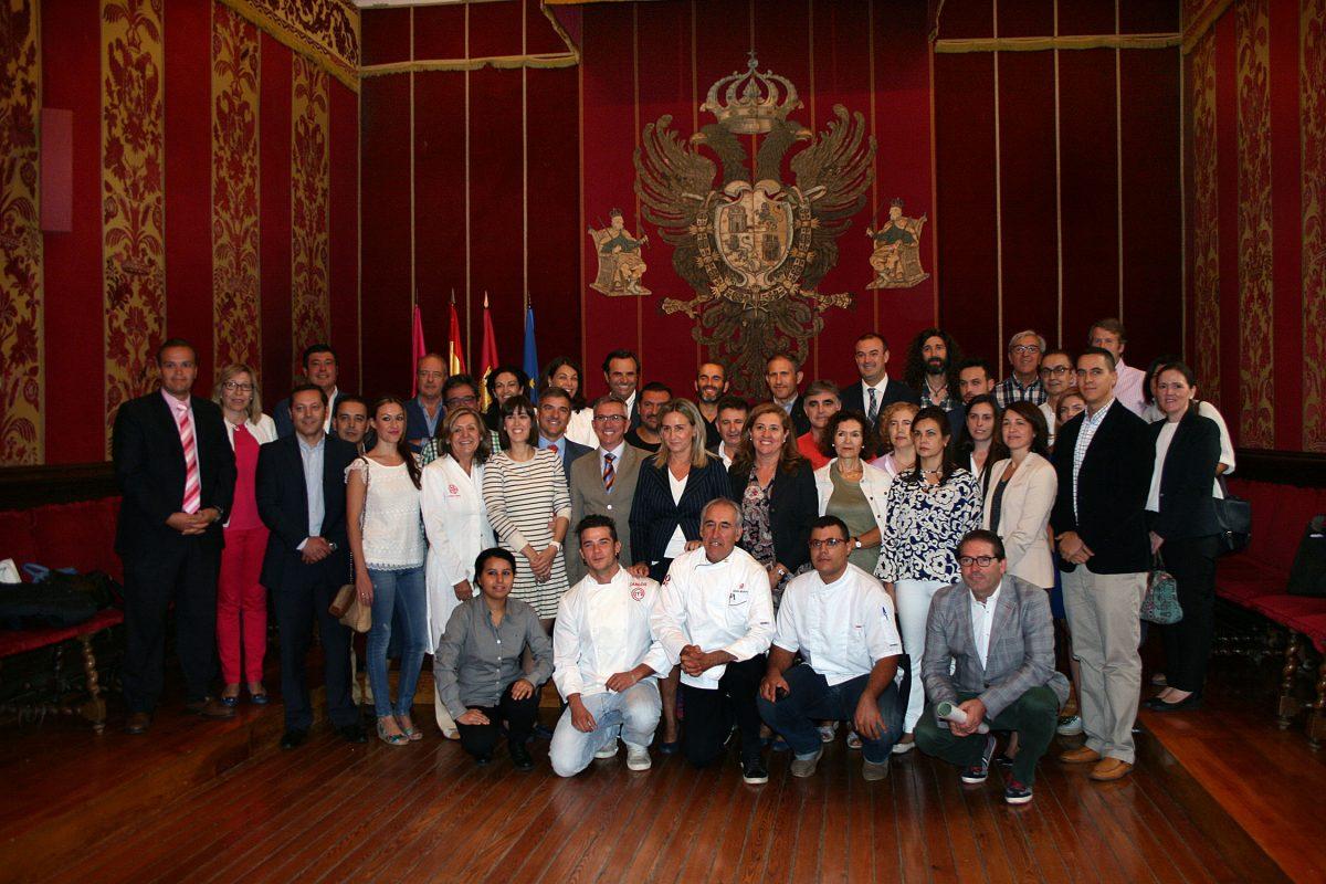 El Ayuntamiento recibe el apoyo de los hosteleros de Toledo a obtención de la Capitalidad Española de la Gastronomía en 2016
