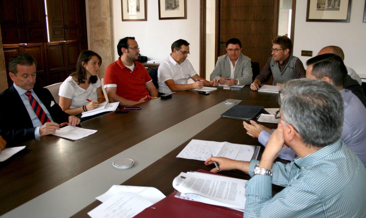 El Ayuntamiento acoge la presentación de los trabajos de actualización de los límites del término municipal de Toledo