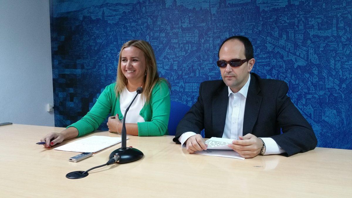 https://www.toledo.es/wp-content/uploads/2015/10/20151002_104521-1200x675.jpg. El Ayuntamiento colabora en la 25º Semana de la ONCE en Castilla-La Mancha que se celebra del 5 al 7 de octubre
