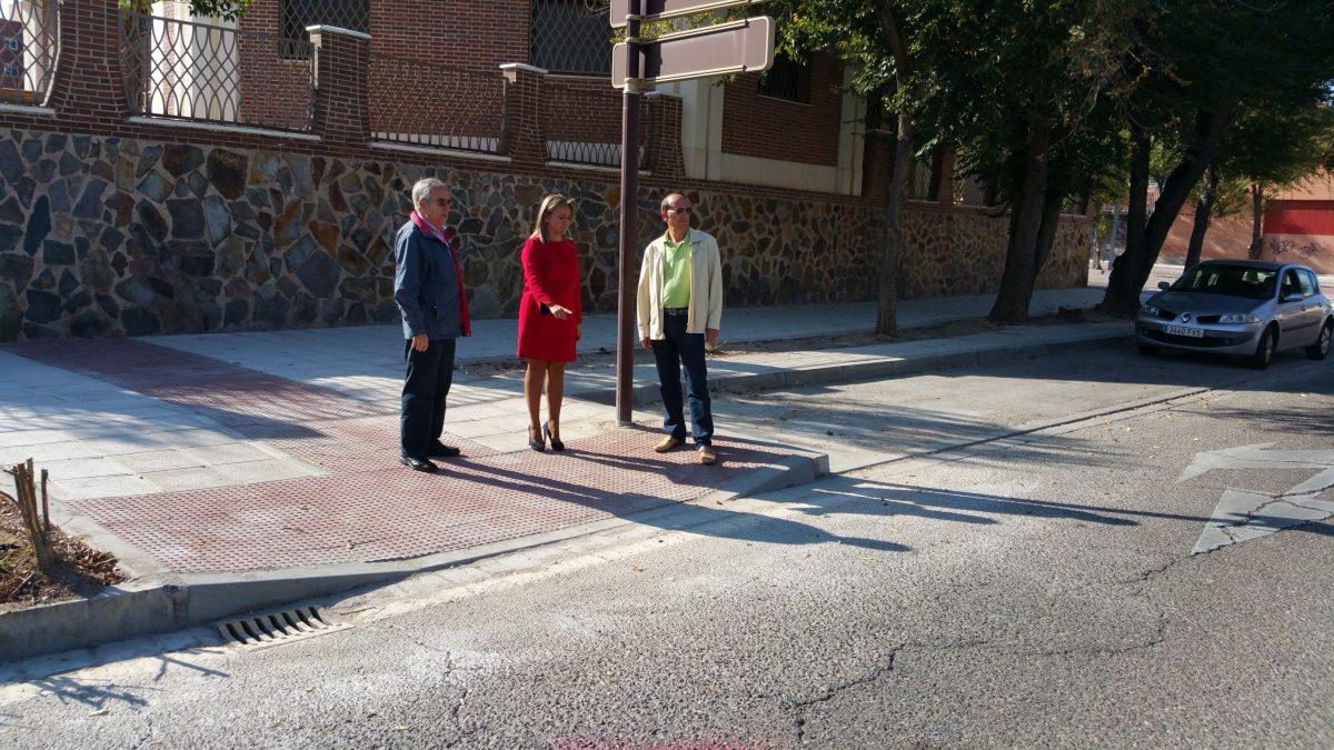 https://www.toledo.es/wp-content/uploads/2015/10/20151009_112932-1200x675.jpg. El Ayuntamiento acomete en mes y medio un total de 15 actuaciones de mejora de la accesibilidad en el Polígono