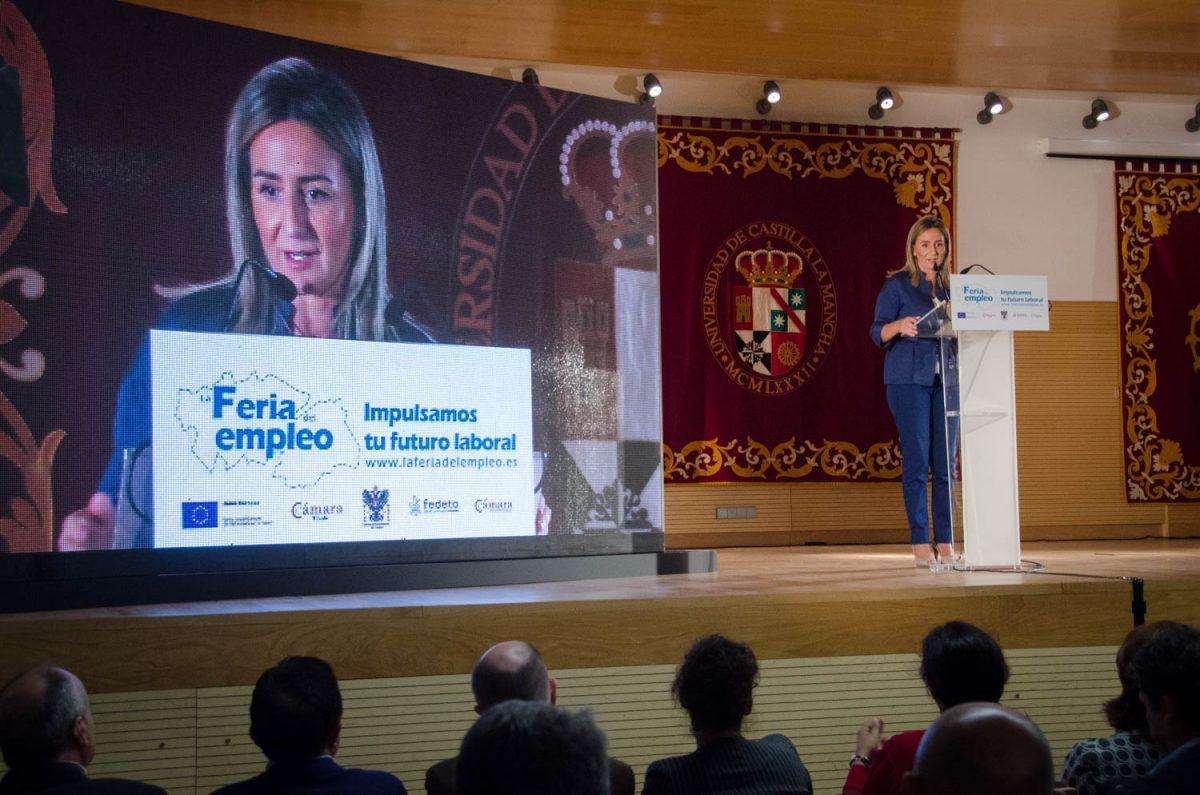 https://www.toledo.es/wp-content/uploads/2015/10/dsc_2228-1200x795.jpg. La alcaldesa destaca la apuesta de la I Feria de Empleo de Toledo por mejorar la empleabilidad de personas desempleadas