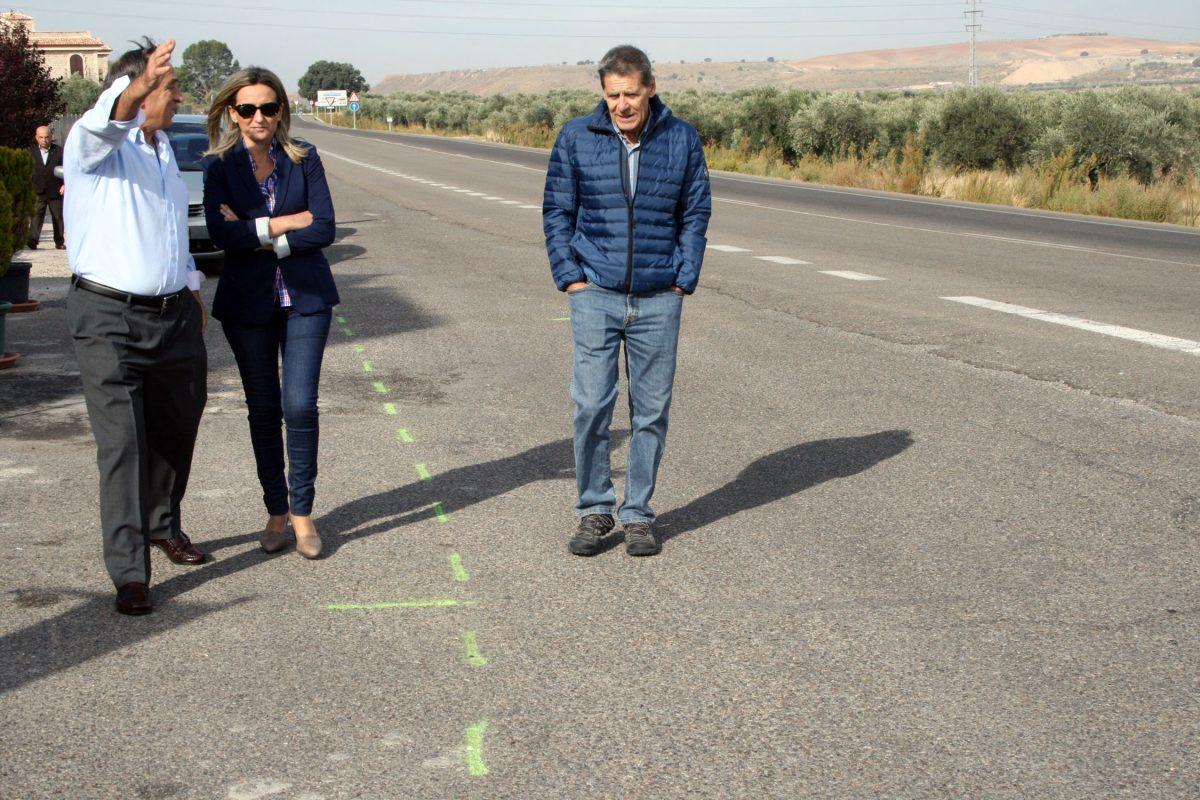 https://www.toledo.es/wp-content/uploads/2015/10/visita_bastida00-1200x800.jpg. La alcaldesa de Toledo visita La Bastida y se reúne con los representantes de su asociación de vecinos
