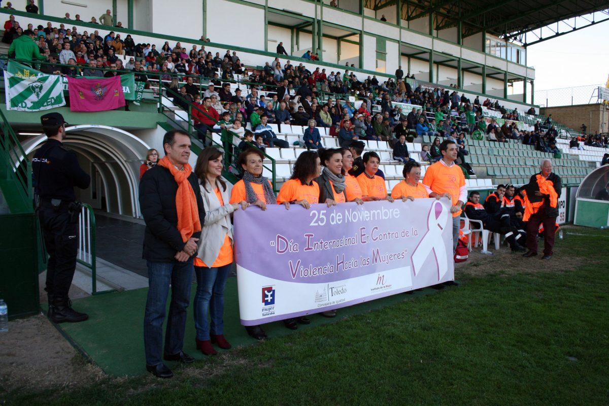 El CD Toledo inaugura los actos organizados por el Ayuntamiento con motivo del Día Contra la Violencia de Género