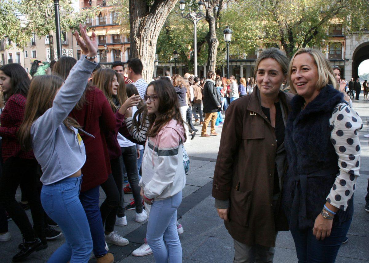 La jornada de sensibilización musical se plasma en Toledo con una sorprendente coreografía en plena plaza de Zocodover