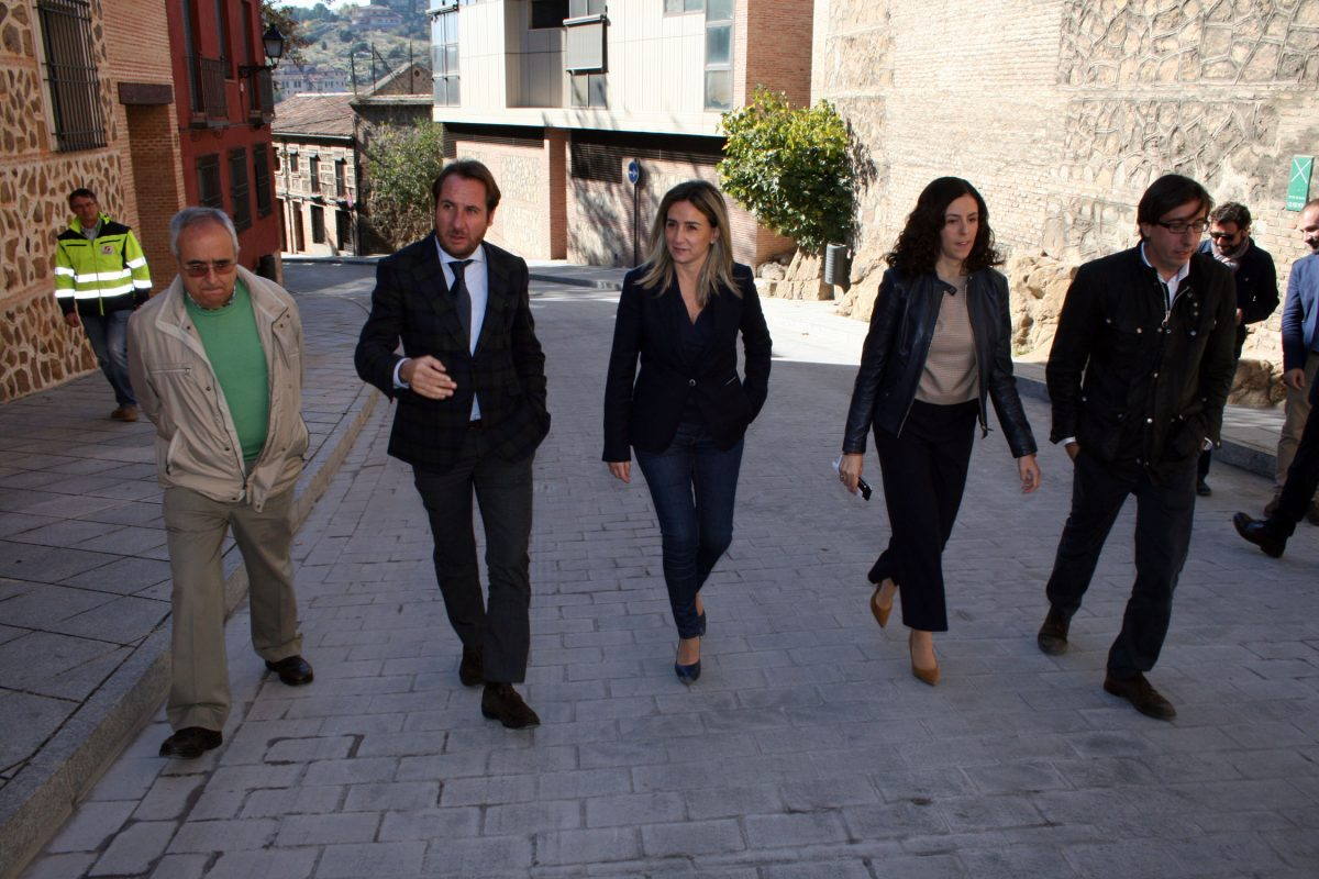 La Bajada de San Martín se abre hoy a la circulación tras las obras de adecentamiento realizadas en el entorno