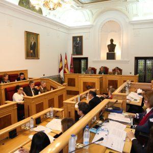 l Pleno del Ayuntamiento expresa su rechazo a la violencia machista y aprueba el Reglamento del Pacto por el Tajo