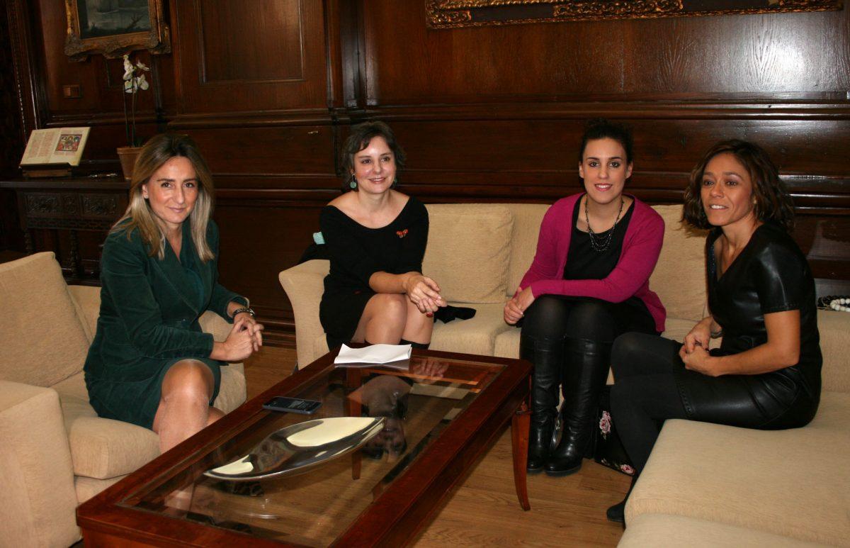 El Ayuntamiento de Toledo y el Instituto de la Mujer potencian su colaboración para luchar contra la violencia de género