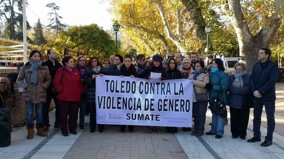 """http://www.toledo.es/wp-content/uploads/2015/12/12108027_10153314644287183_2462634123065089772_n.jpg. El Consejo Local de la Mujer reivindica la educación como """"la mejor forma para combatir la lacra de la violencia machista"""""""