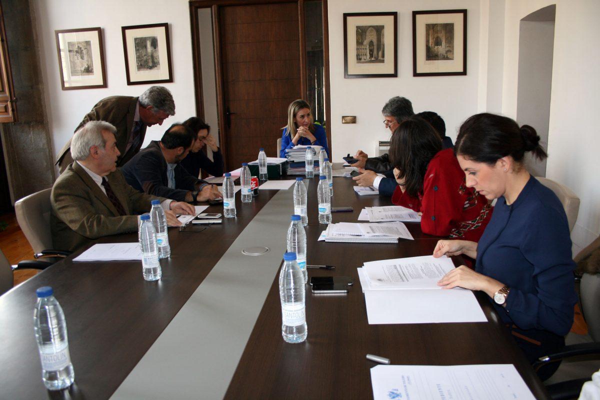 http://www.toledo.es/wp-content/uploads/2015/12/2015-12-15_jgl-1200x800.jpg. Aprobado el proyecto de Presupuesto consolidado del Ayuntamiento