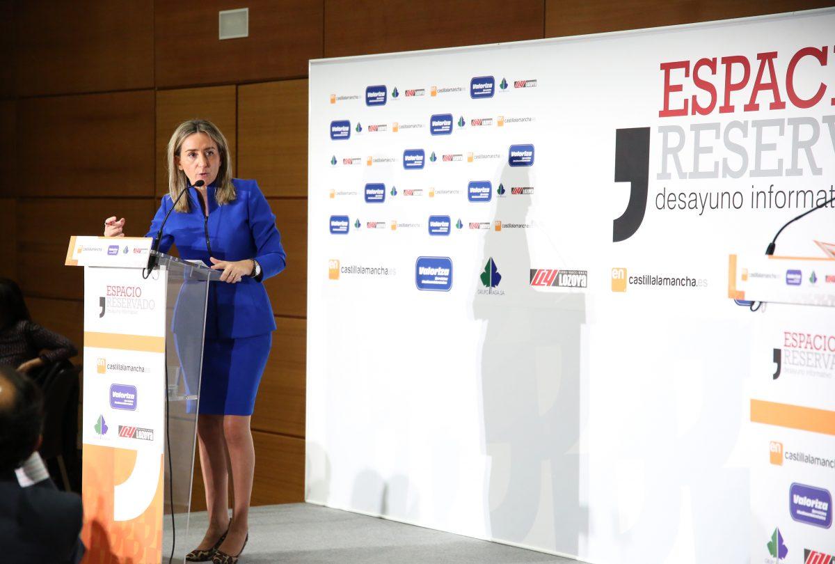 http://www.toledo.es/wp-content/uploads/2015/12/756a0305-1200x810.jpg. Milagros Tolón anuncia el inicio de los trabajos para llevar el recinto ferial a Safont y una decena más de propuestas para 2016