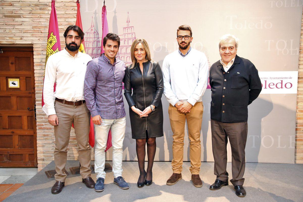"""http://www.toledo.es/wp-content/uploads/2015/12/756a6652-1200x800.jpg. La alcaldesa anuncia un proyecto """"deportivo y reivindicativo"""" en el Tajo en colaboración con la Federación de CLM de Piragüismo"""
