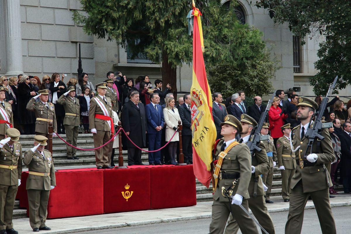 http://www.toledo.es/wp-content/uploads/2015/12/dia_inmaculada00-1200x800.jpg. La alcaldesa participa en la entrega de condecoraciones de los actos organizados con motivo del Día de la Inmaculada
