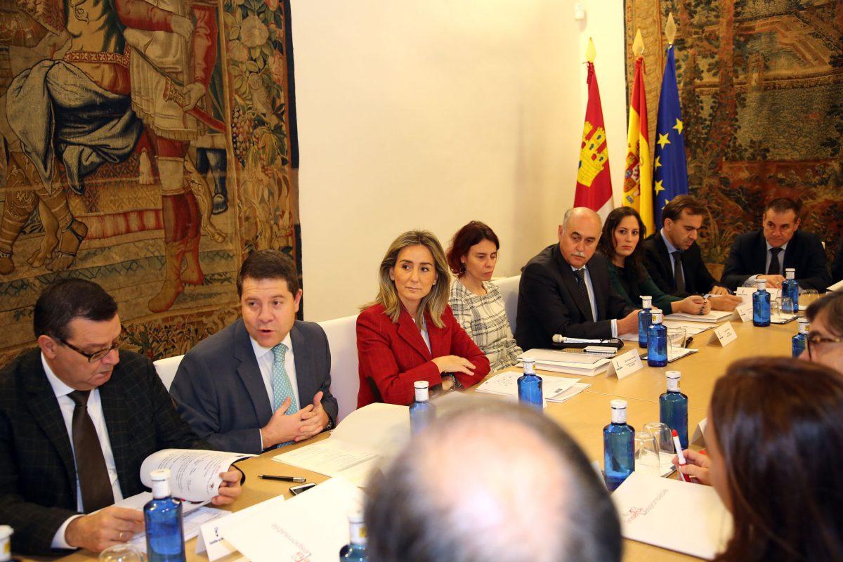 http://www.toledo.es/wp-content/uploads/2015/12/foro_inserta01-1200x800.jpg. La alcaldesa destaca la labor del Ayuntamiento en la inclusión e integración social de las personas con discapacidad