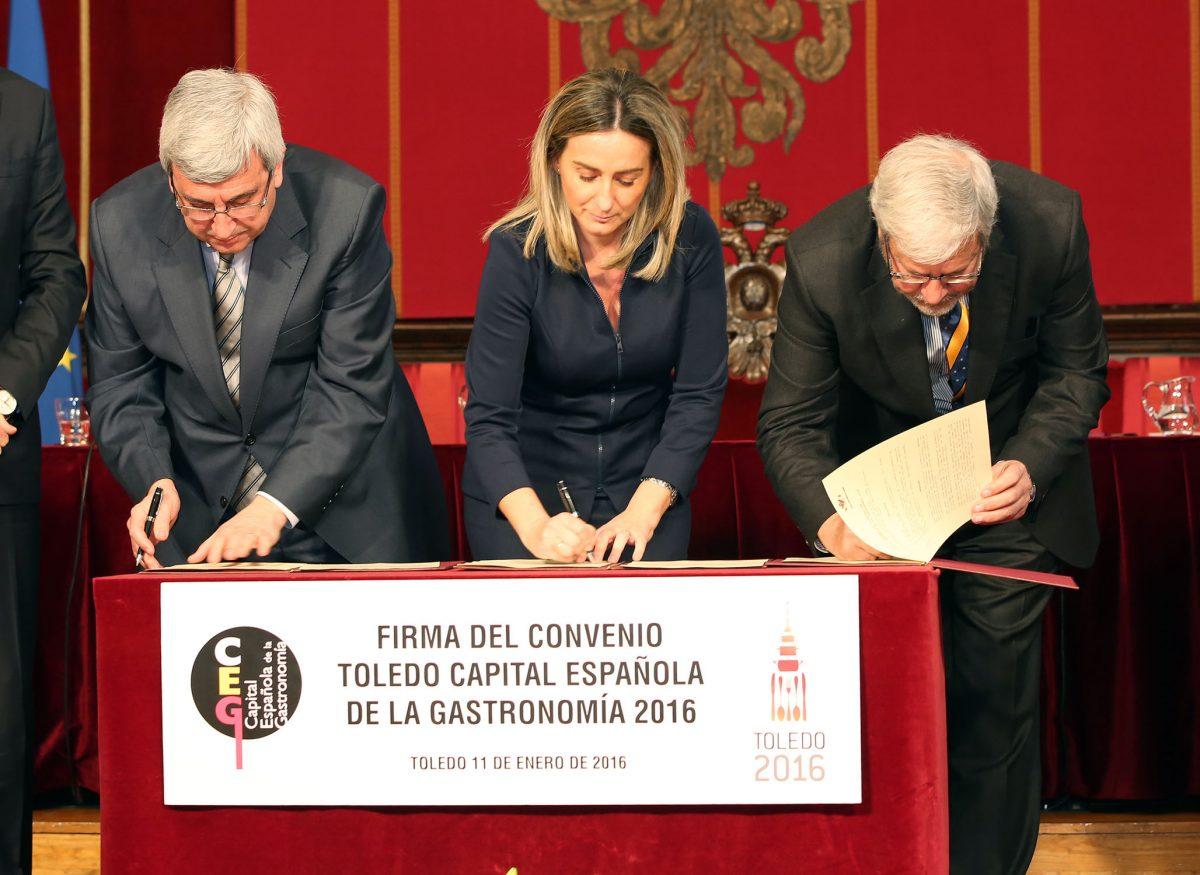 """La alcaldesa, segura de que Toledo hará una demostración """"de esfuerzo y constancia"""" para aprovechar el Año Gastronómico"""